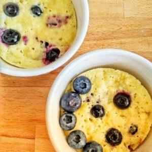 Healthy blueberry mug cake gluten-free (2 blueberry mug cakes)